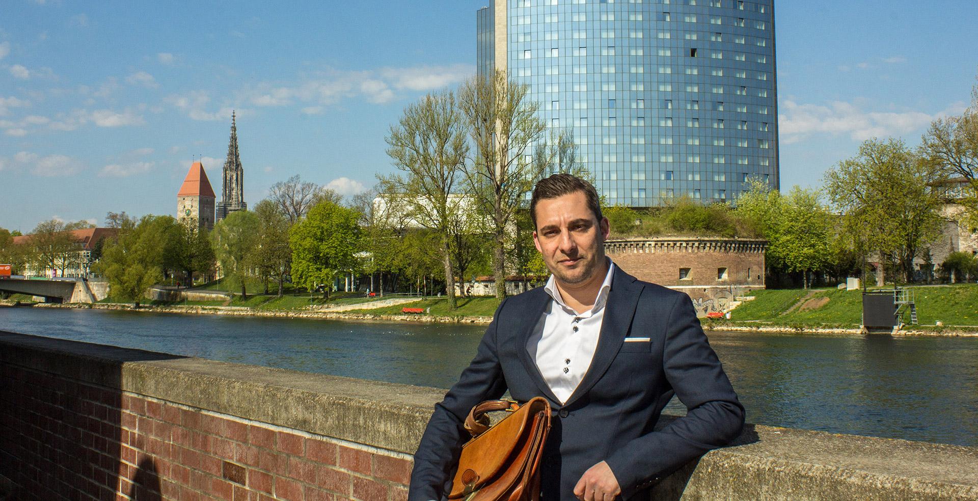 Matteo Ganzarolli, Dozent für Italiensch –Slider Image